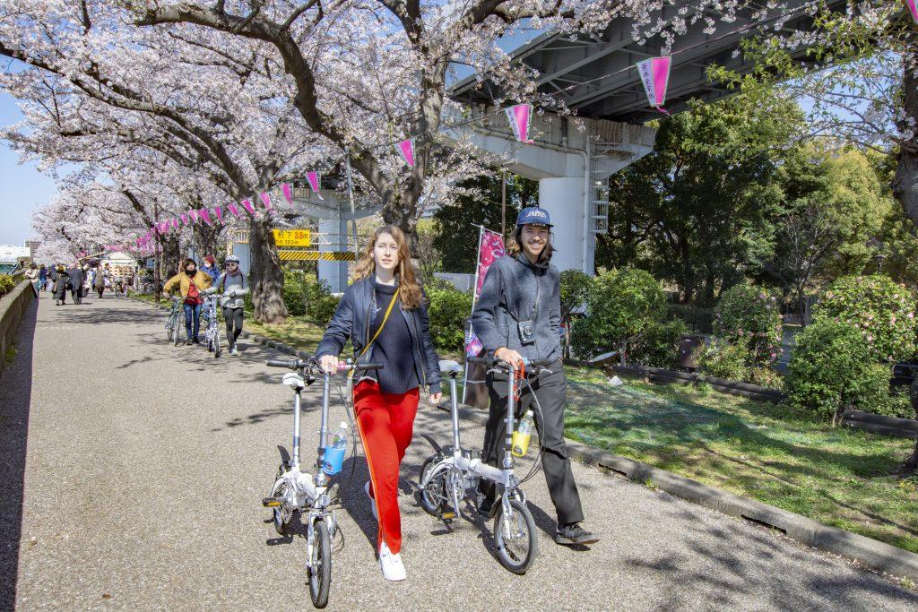 Tokyo Backstreets Bike Tour bike cycling tour Tokyo private halal