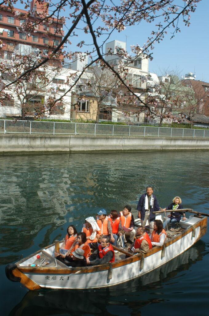 Tokyo Backstreets Bike Tour cruise sakura boat waterways cherry blossom cycling bike private tour yakanabune