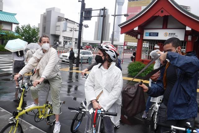 自転車 裏路地 Tokyo Backstreets Bike Tour ツアー サイクリング ポタリング 東京 下町 江戸 町歩き クルーズ ブロンプトン Brompton レンタサイクル 浅草