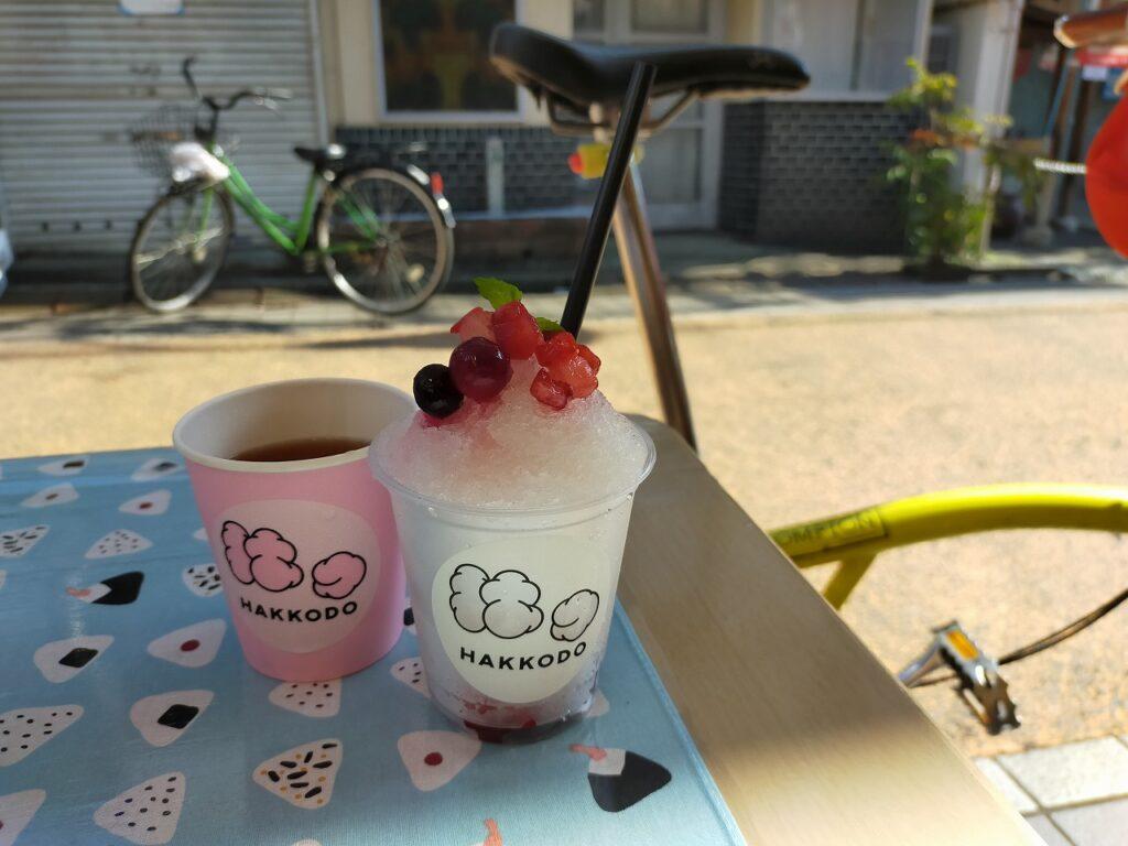 自転車 裏路地 Tokyo Backstreets Bike Tour ツアー サイクリング ポタリング 東京 下町 江戸 町歩き ブロンプトン Brompton レンタサイクル 浅草 谷中ぎんざ 谷中銀座 かき氷